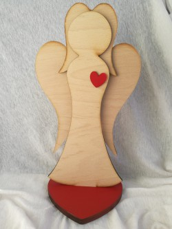Anděl 29 cm, přírodní s červeným srdcem